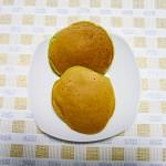 青大豆餡のどら焼き