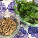乾燥ミントとミントの生葉